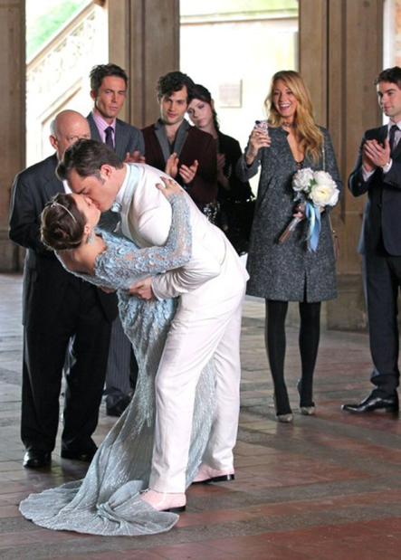 Chuck_and-Blair_kiss_close_up